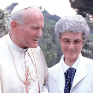 Chiara Lubich with Pope John Paul II