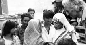 Jean Vanier and Mother Teresa in India, 1973